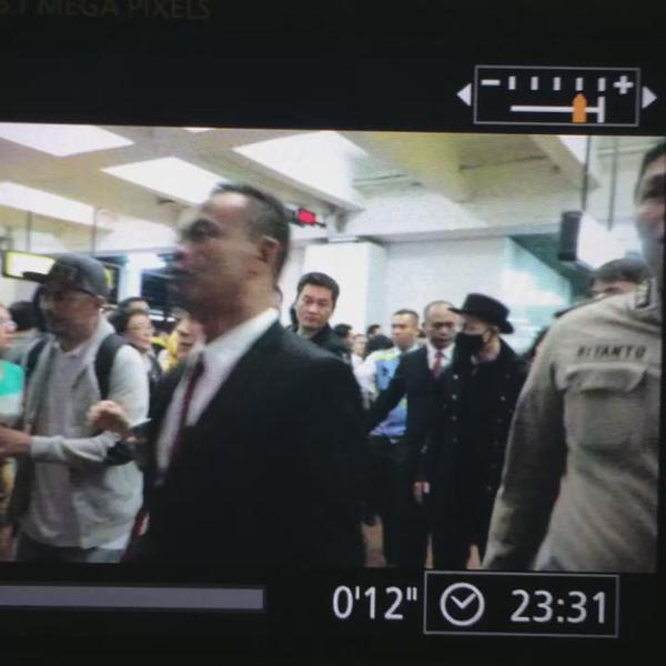Tae Yang - Jakarta Airport - 13feb2015 - cnbloom - 01.jpg