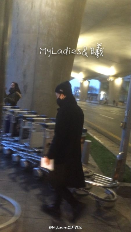 Tae Yang - Incheon Airport - 22feb2015 - MyLadies???? - 06.jpg