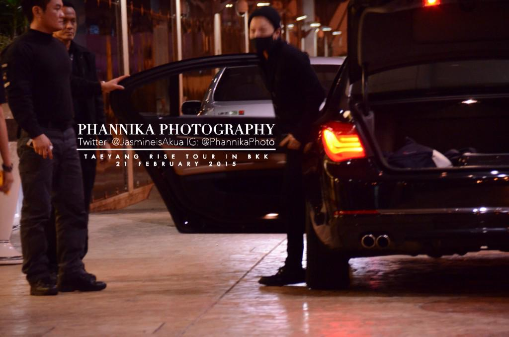 Taeyang leaving Bangkok 2015-02-22 - by JasmineisAkua 02.jpg