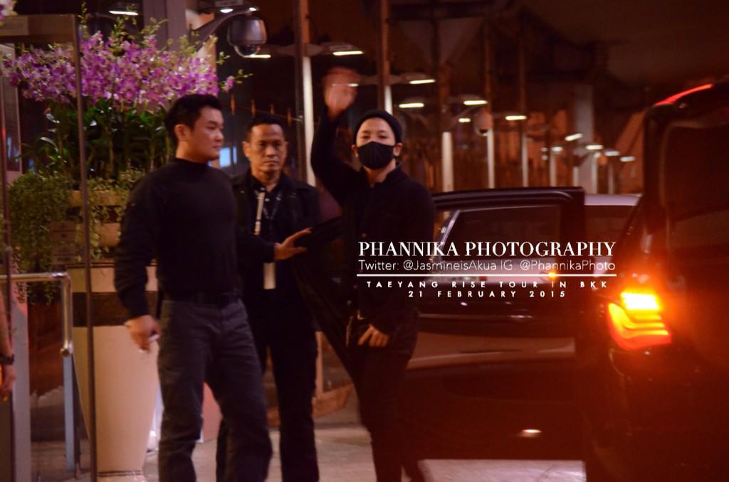 Taeyang leaving Bangkok 2015-02-22 - by JasmineisAkua 04.jpg