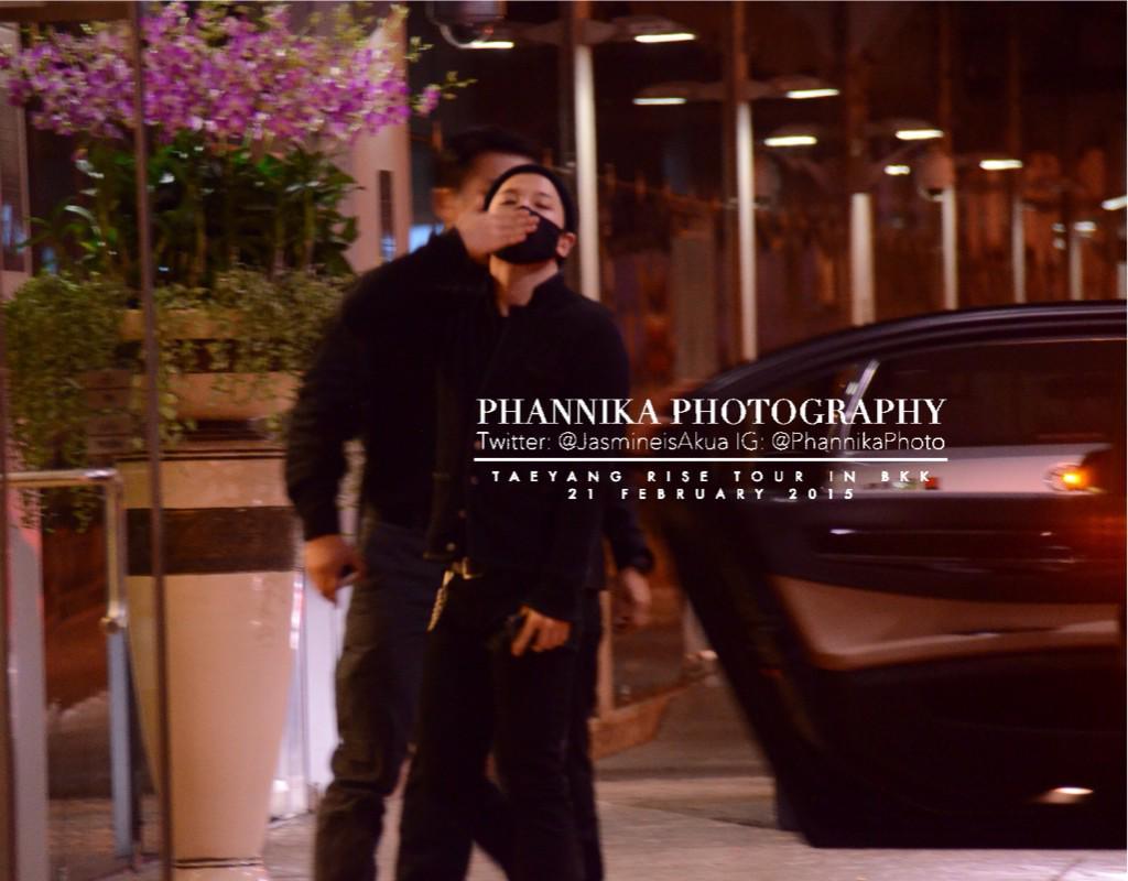 Taeyang leaving Bangkok 2015-02-22 - by JasmineisAkua 05.jpg
