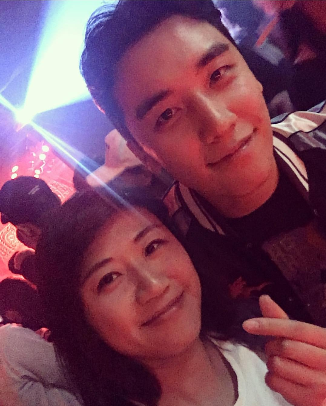 Seungri at Monkey Museum 2017-05-2021 (2)