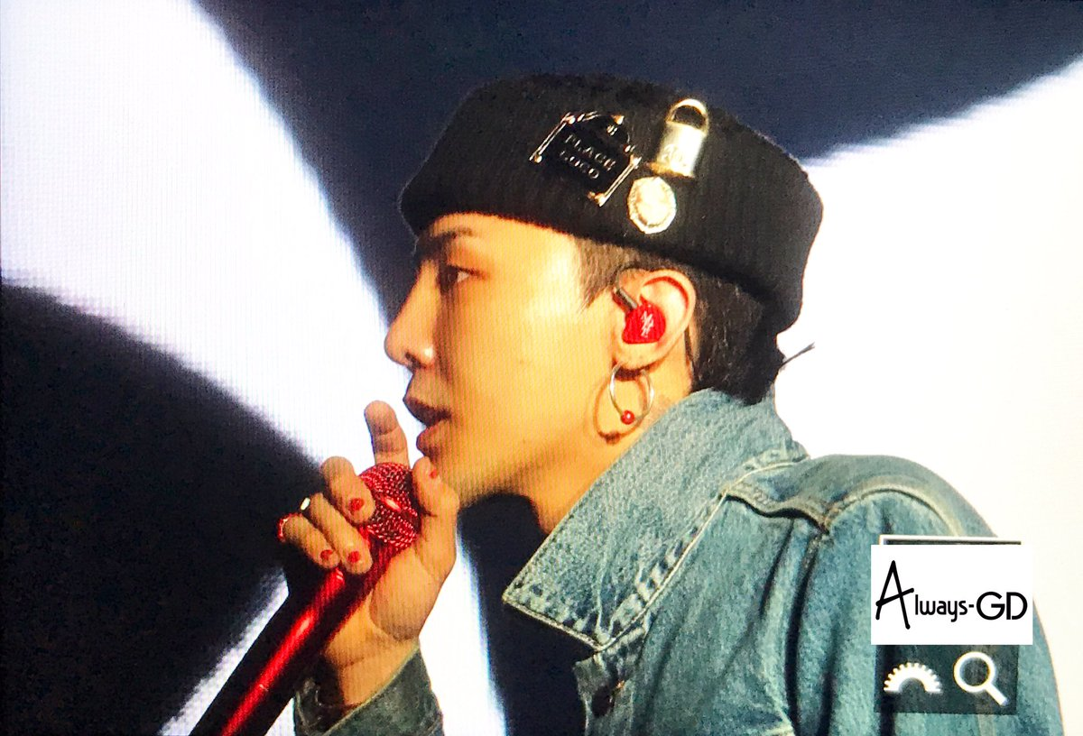 G-Dragon Soundcheck LA 2017-07-14 (1)