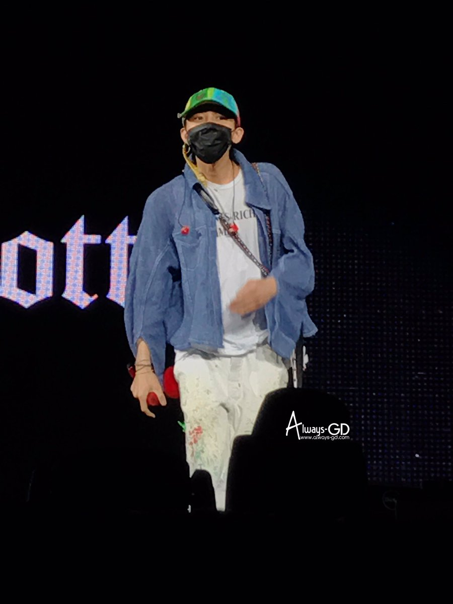 G-Dragon World Tour 2017 [ACT III M.O.T.T.E] in Bangkok Rehearsals 2017-07-07 Day 1 (2)