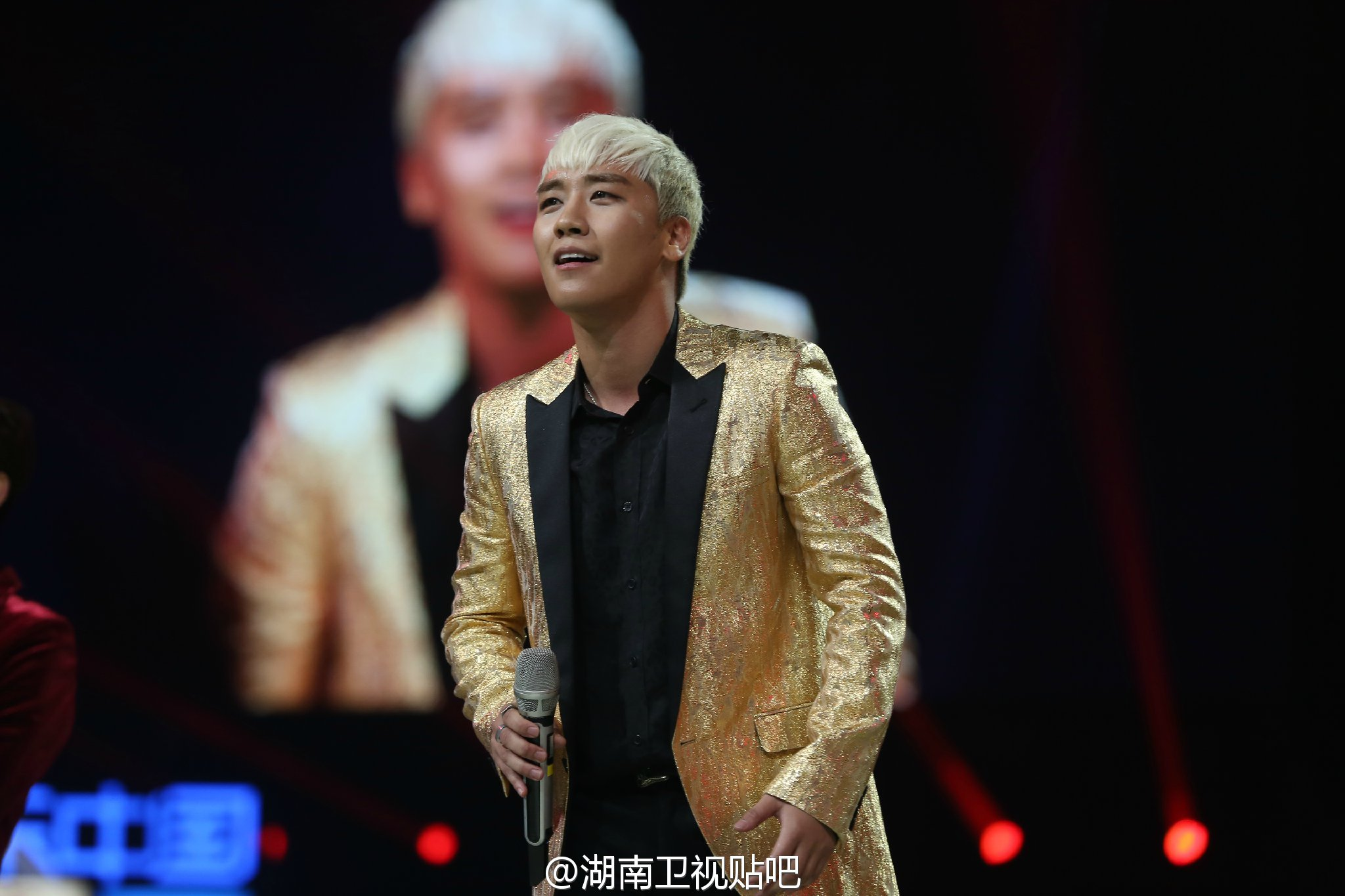 BIGBANG_Hunan_TV_2015-12-31_by_湖南卫视贴吧__2.jpg