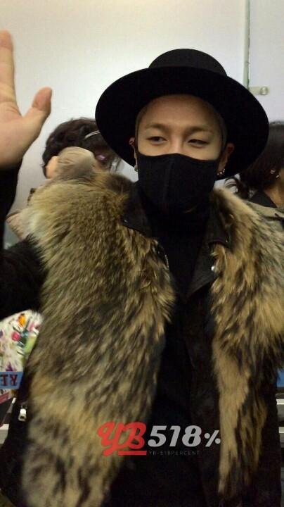 Tae Yang - Incheon Airport - 23jan2015 - YB 518% - 01.jpg
