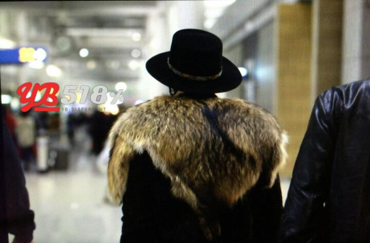 Tae Yang - Incheon Airport - 23jan2015 - YB 518% - 03.jpg