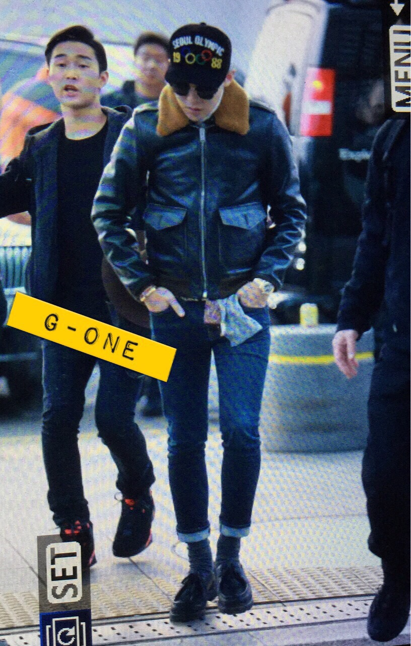 G-Dragon & TOP - Incheon Airport - 30jan2015 - G-Dragon - G-One - 01.jpg