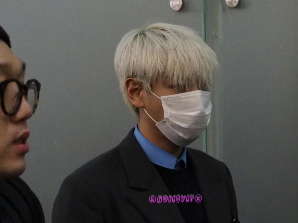 G-Dragon & TOP - Incheon Airport - 30jan2015 - TOP - NoiizVip - 01.jpg