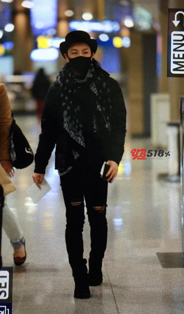 Taeyang YB518 205-03-02 1.jpg