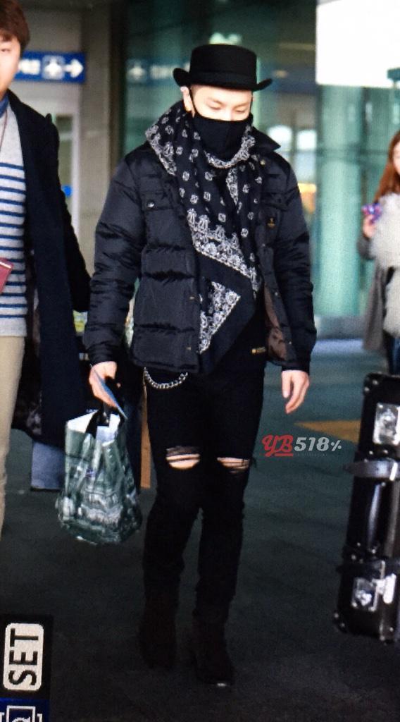 Taeyang YB518 205-03-02 2.jpg