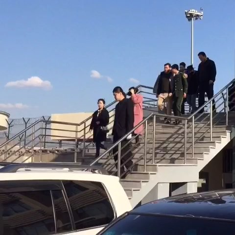 GDYBRI Arrival Hanbin 2015-03-21 Weibo Miss_spectrum  036.jpg