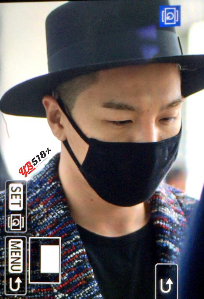 Big Bang - Incheon Airport - 21mar2015 - Tae Yang - YB 518% - 02.jpg