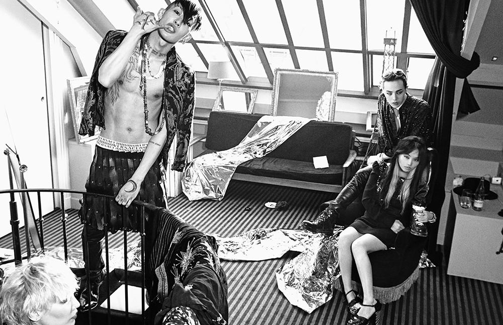G-Dragon - W Korea - Mar2015 - hongjanghyun - 01.jpg