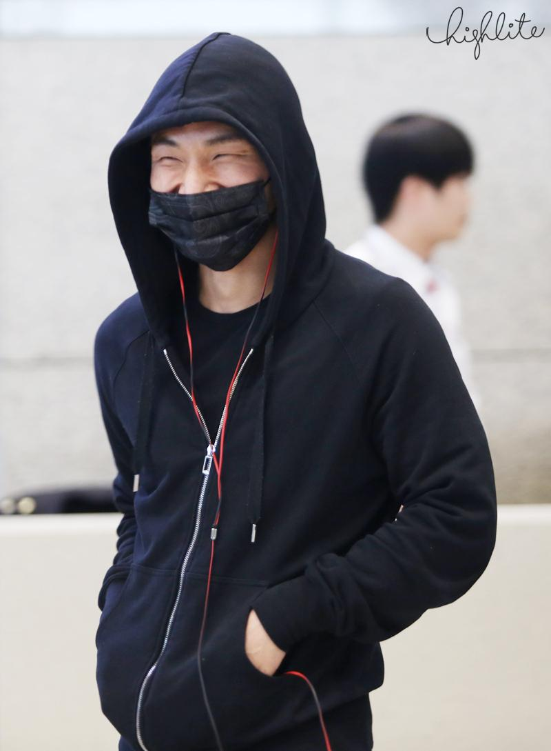 Big Bang - Incheon Airport - 10apr2015 - Dae Sung - High Lite - 05.jpg