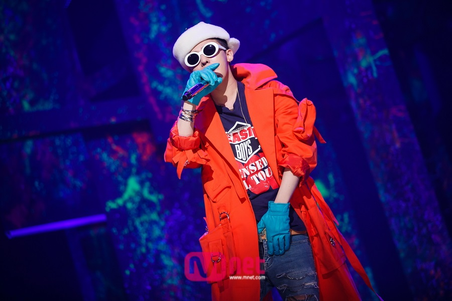 BIGBANG MCountdown 2015-05-14 official 001.jpg