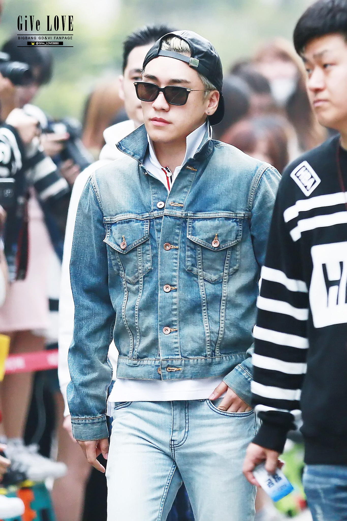 BIGBANG KBS Music Bank HQ 2015-05-15 17.jpg