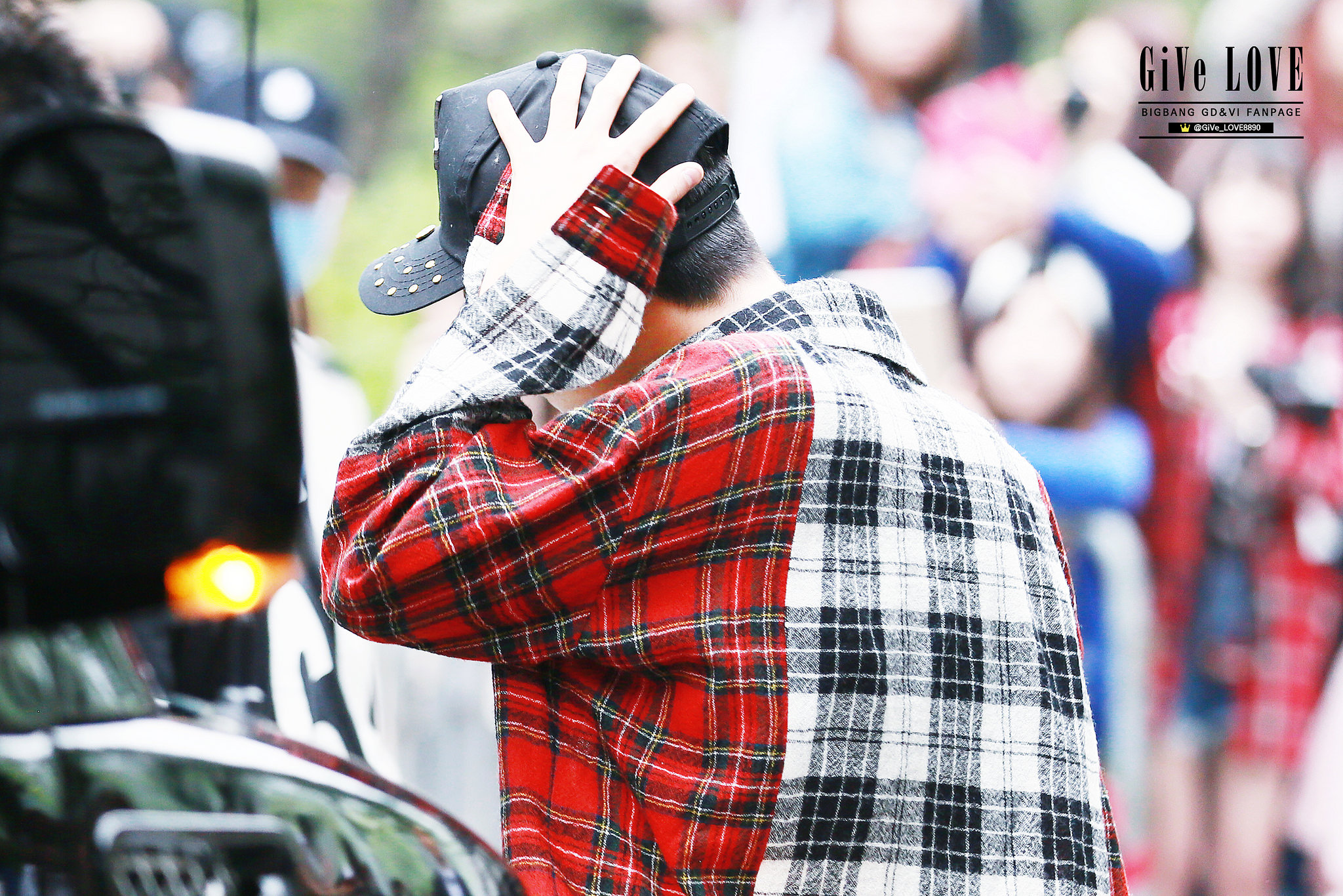 BIGBANG KBS Music Bank HQ 2015-05-15 19.jpg