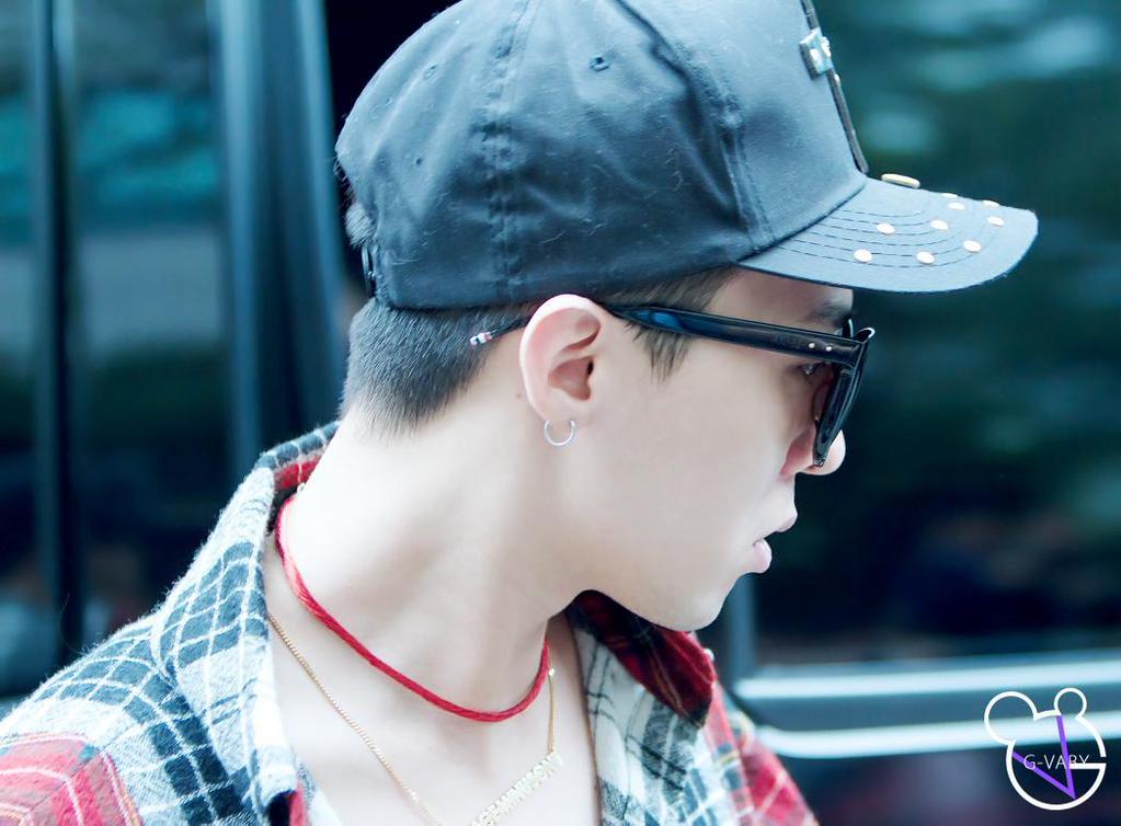 BIGBANG KBS Music Bank HQ 2015-05-15 20.jpg