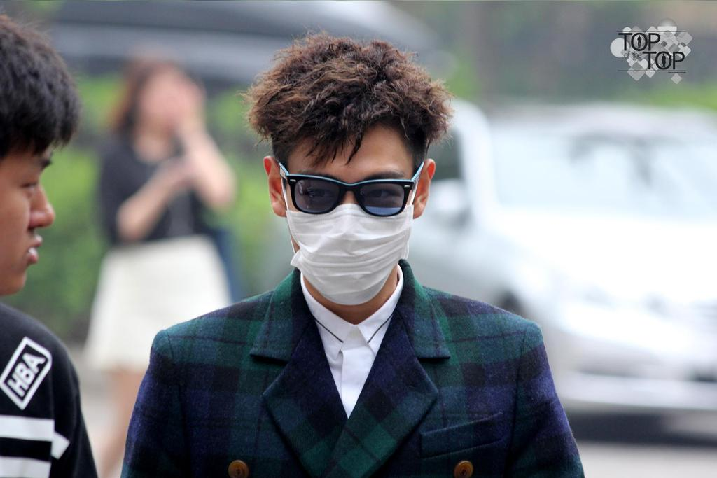TOP KBS Music Bank Arrival by TOP_oftheTOP 2015-05-15 02.jpg