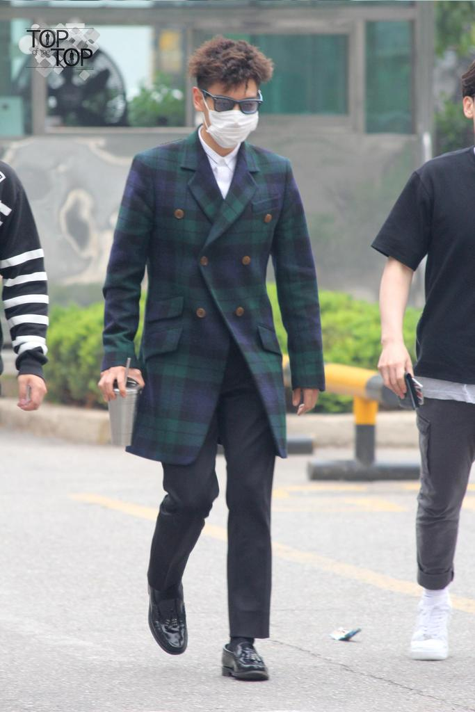 TOP KBS Music Bank Arrival by TOP_oftheTOP 2015-05-15 04.jpg