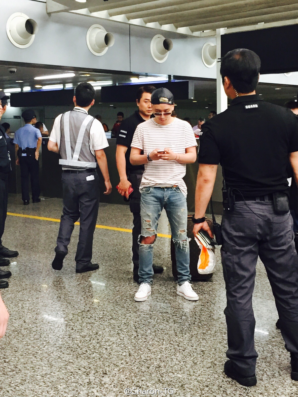 Guangzhou arrival by Sharon-TG 02.jpg