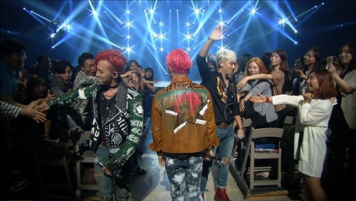 BIGBANG KBS Sketchbook Press photos June 2015 005.jpg