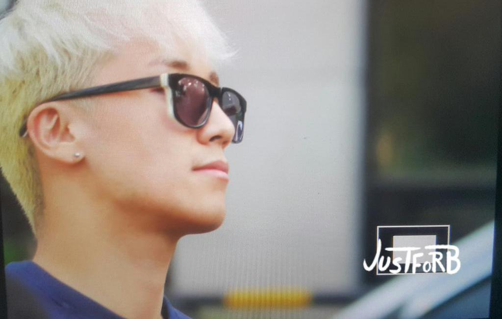 BIGBANG KBS Sketchbook - leaving after rehearsals 2015-06-02 006.jpg