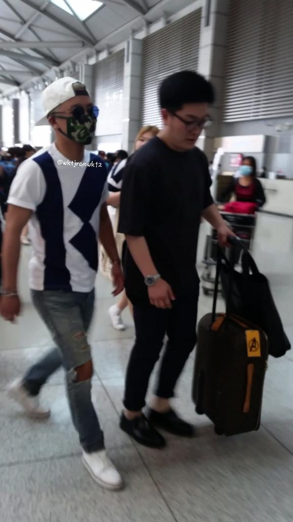 Big Bang - Incheon Airport - 19jun2015 - wktjrqnwk12 - 02.jpg