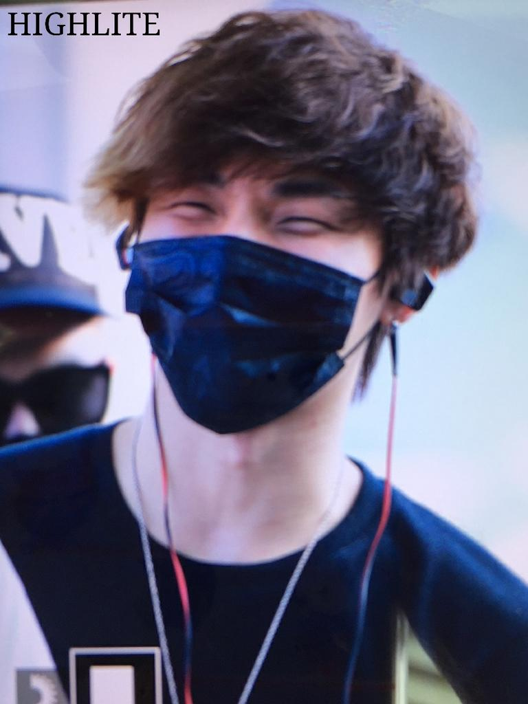 YB Dae departure Seoul to Bangkok 2015-07-10 050.jpg