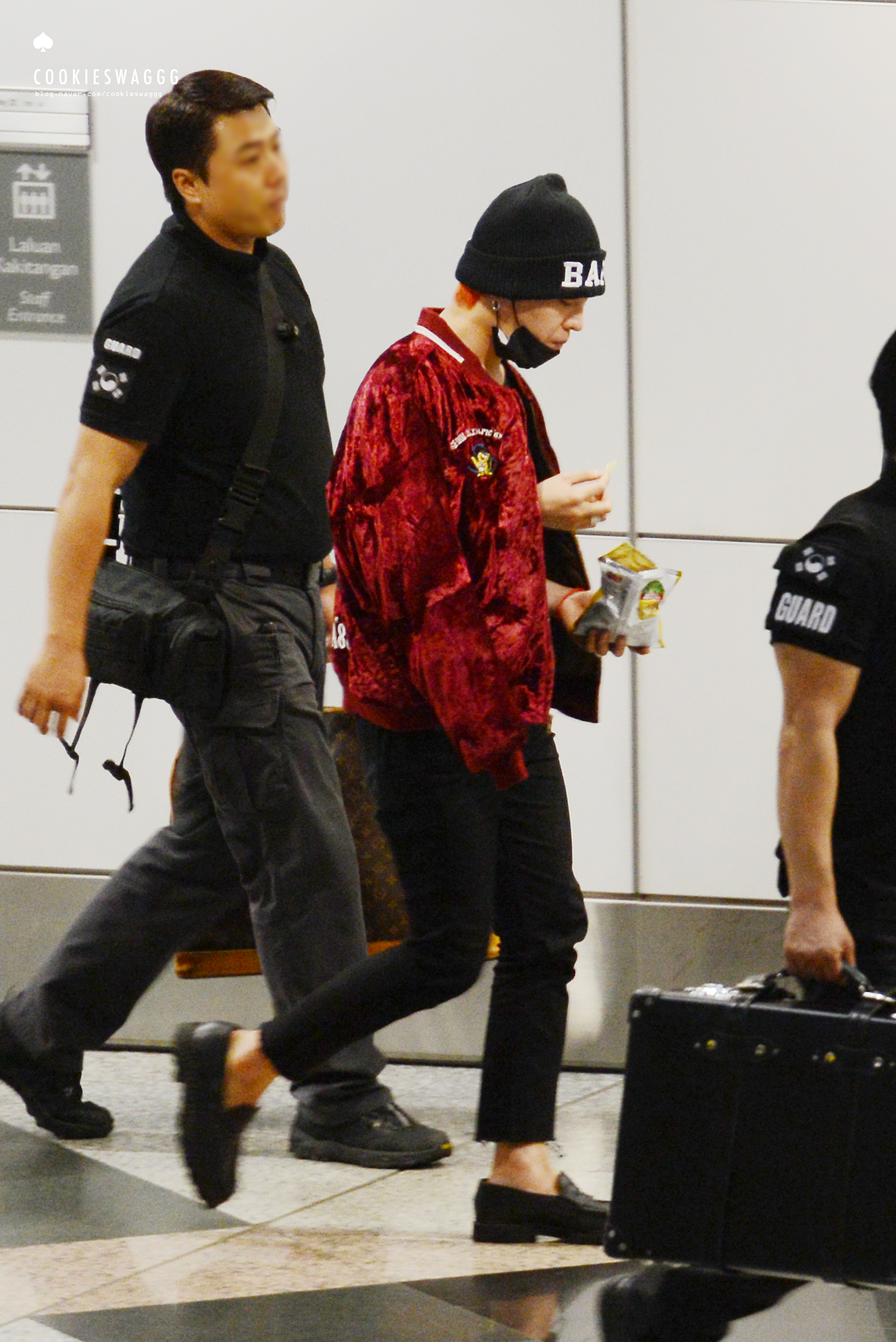 Big Bang - Malaysia Airport - 25jul2015 - cookieswaggg - 21.jpg