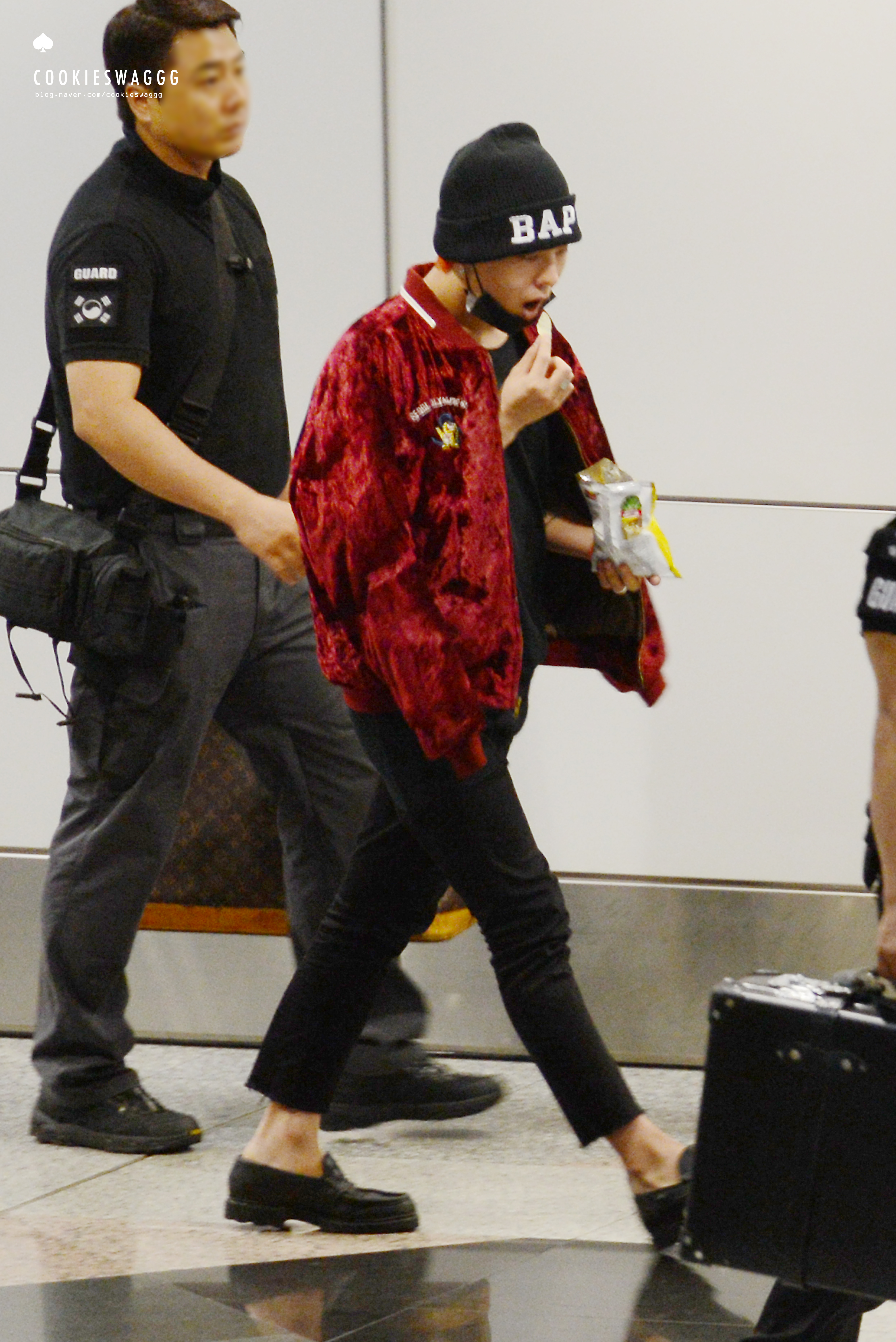 Big Bang - Malaysia Airport - 25jul2015 - cookieswaggg - 22.jpg