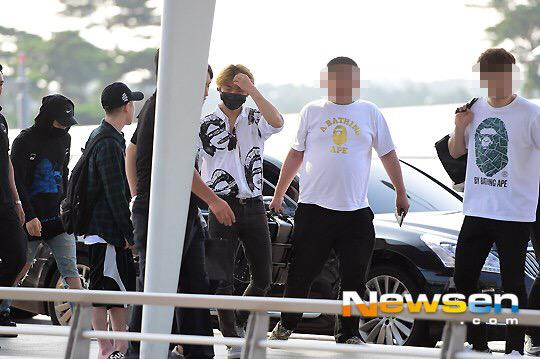 BIGBANG - Incheon Airport - 07aug2015 - Newsen - 01.jpg