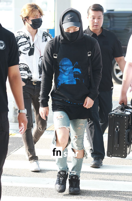 Big Bang - Incheon Airport - 07aug2015 - fnstar - 06.jpg