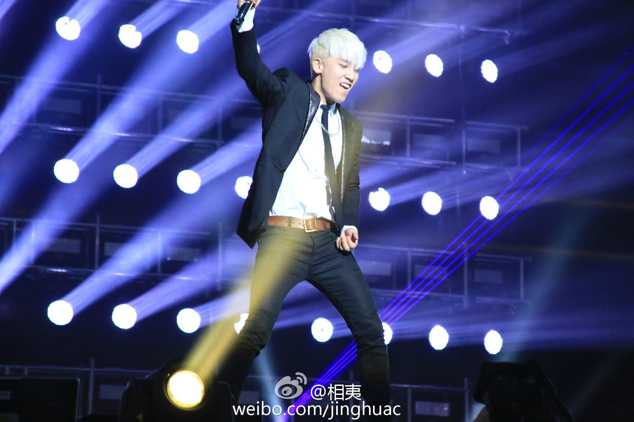 BIGBANG Live in Guangzhou Day 1 2015-05-30 by ?? 36.jpg