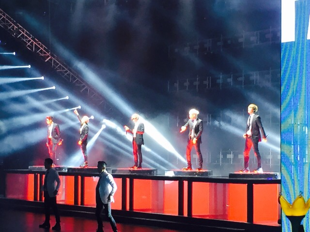 BIGBANG Live in Guangzhou Day 1 2015-05-30 by xxxForeverGD 01.jpg