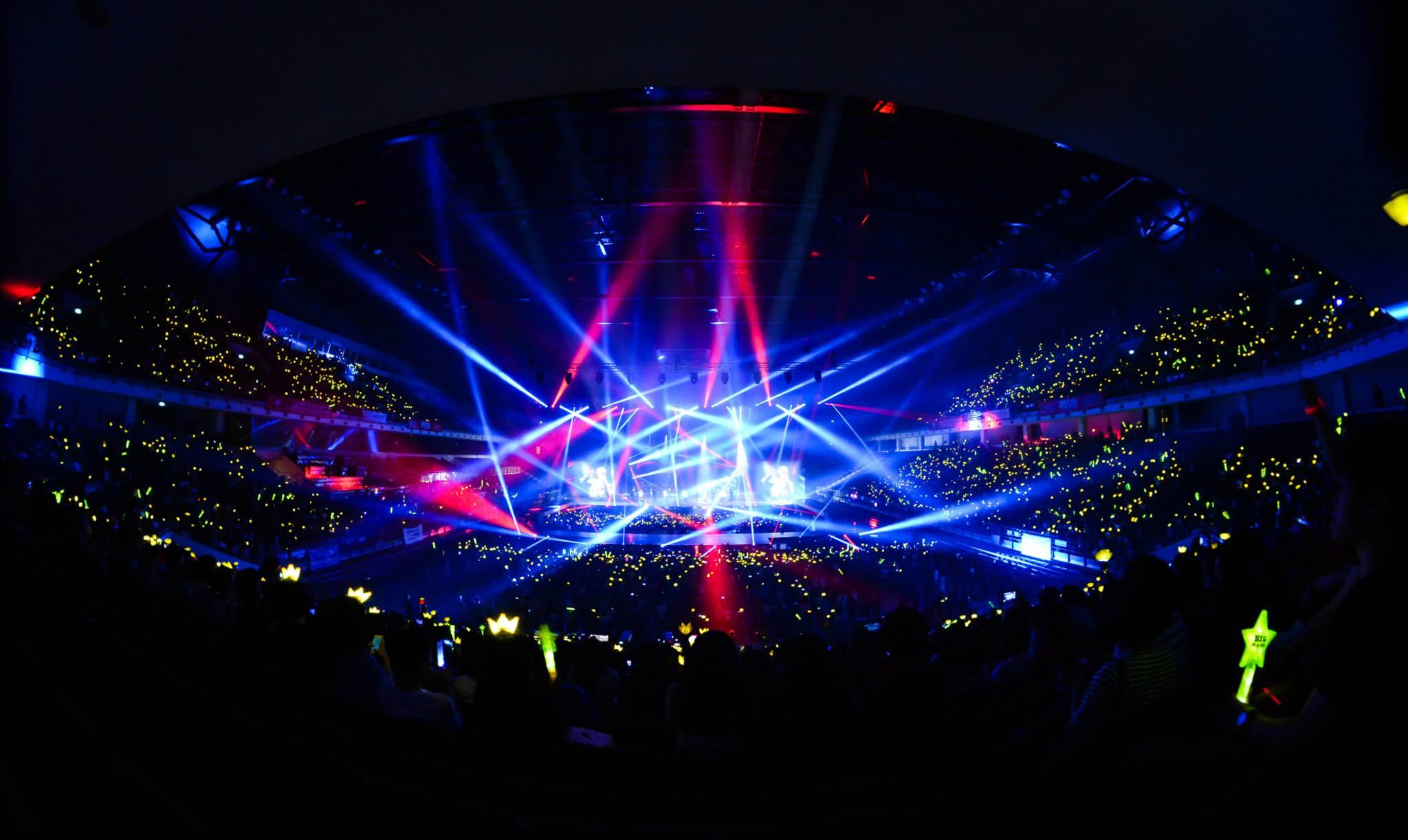 BIGBANG MADE in Malaysia Day 1 2015-07-24 IME Productions 008.jpg