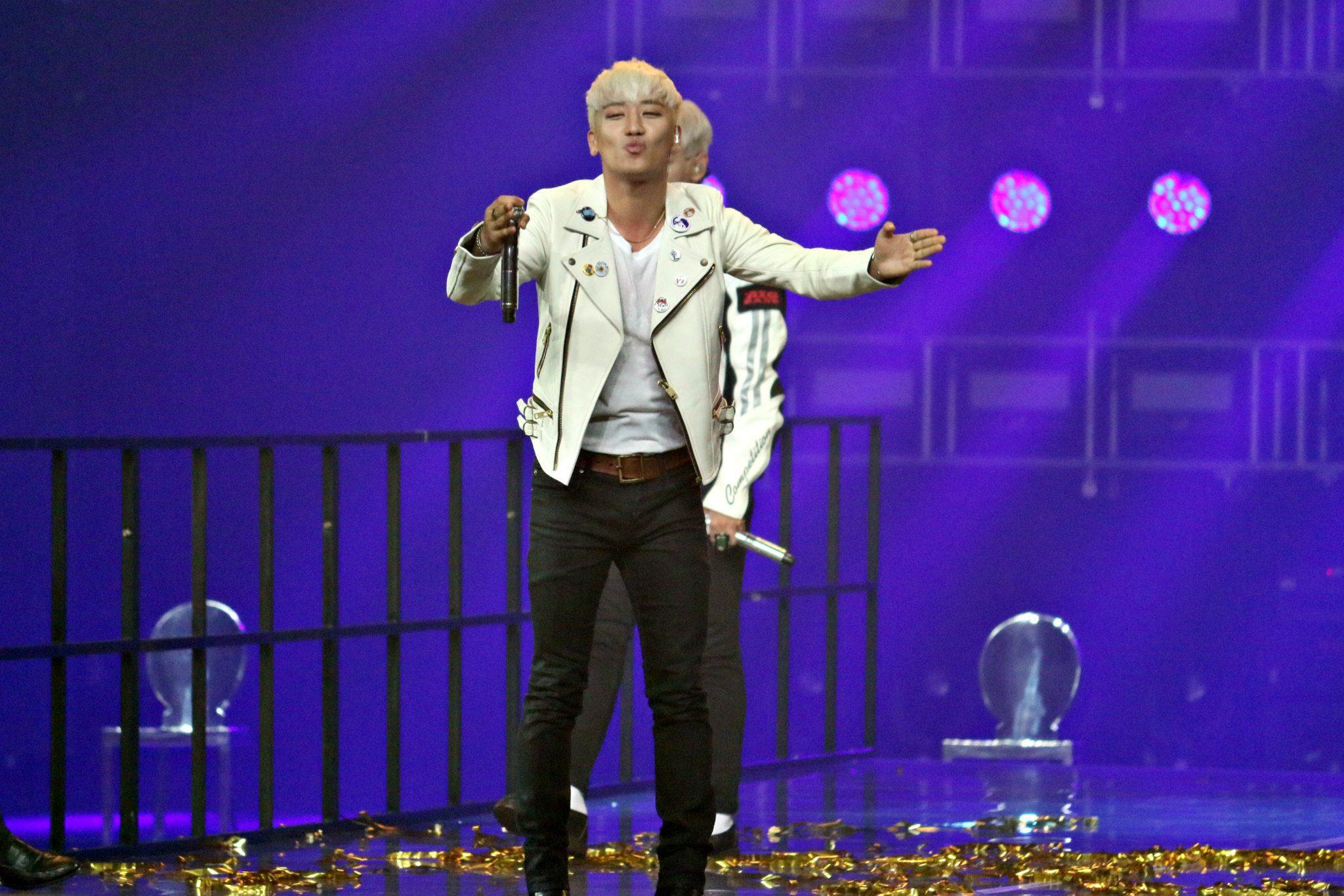 BIGBANG MADE in Malaysia Day 1 2015-07-24 IME Productions 016.jpg