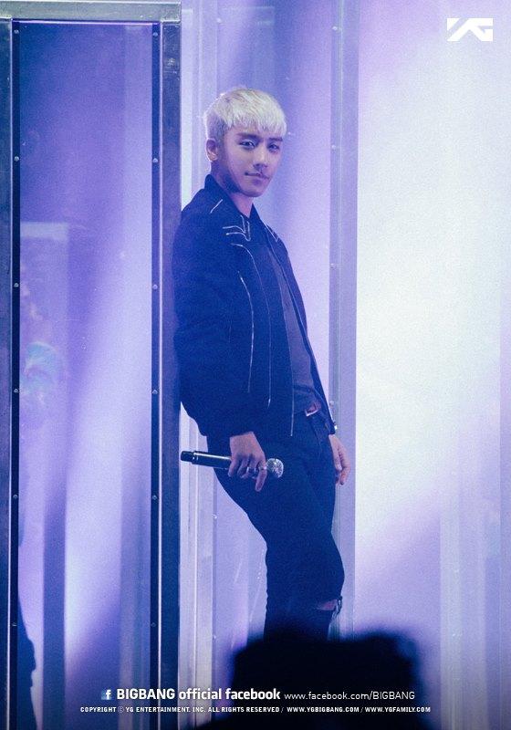 BIGBANG MADE in Toronto Official YG photos (7).jpg