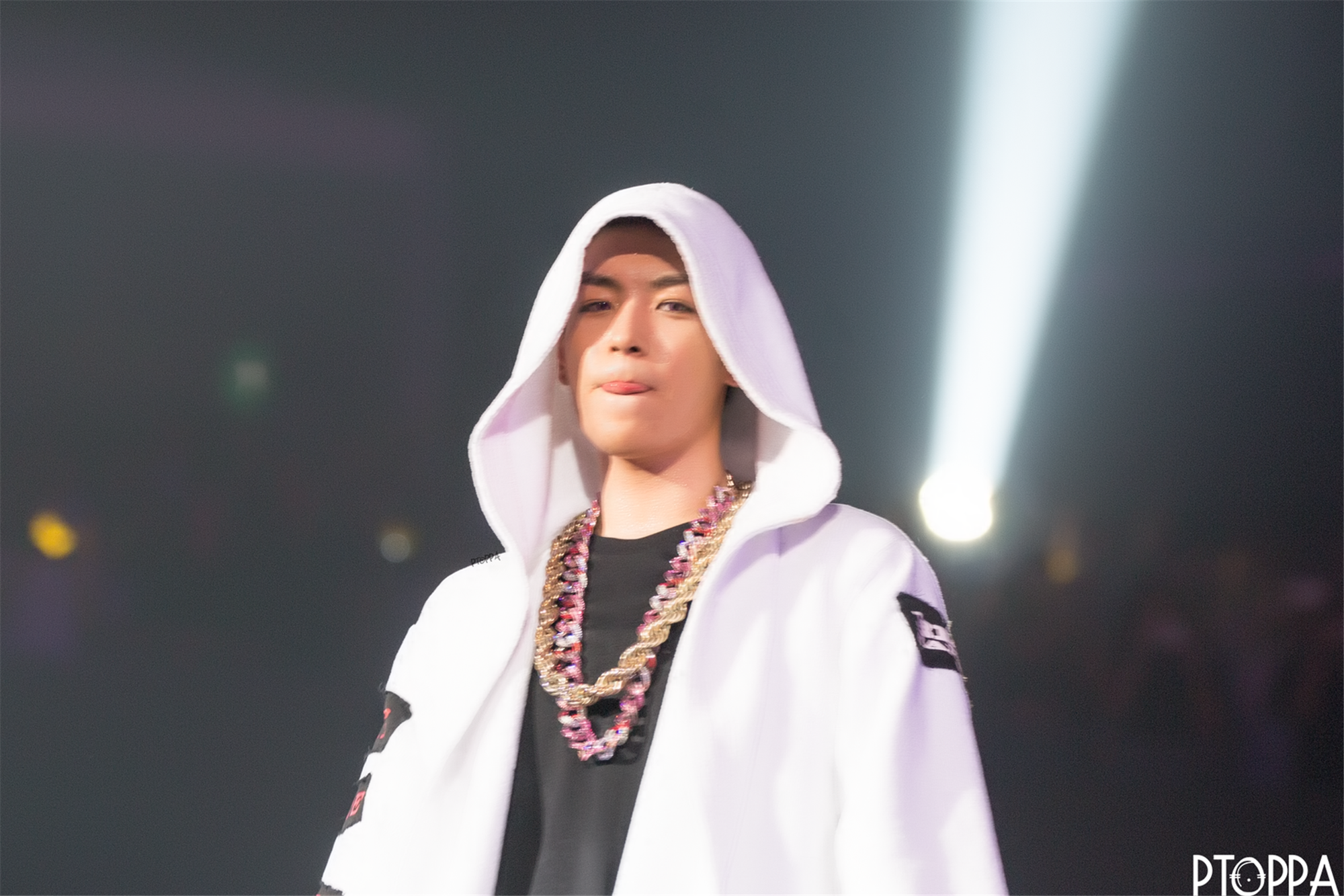 BIGBANG - Made Tour 2015 - Singapore - 18jul2015 - PT.OPPA - 18 (Custom) (2).jpg