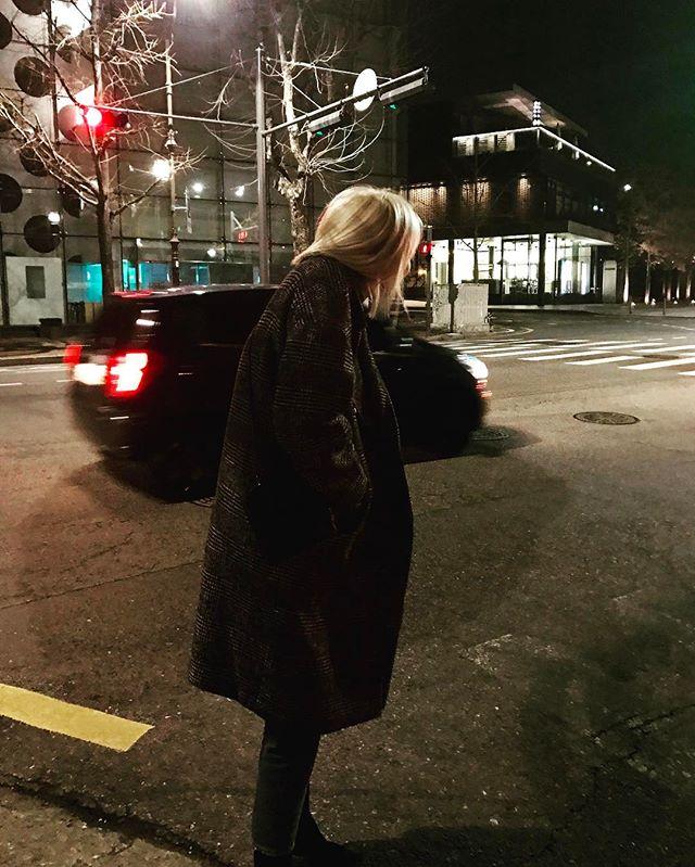 G-Dragon Instagram Feb 24, 2017 12:31am 수주무주🌬