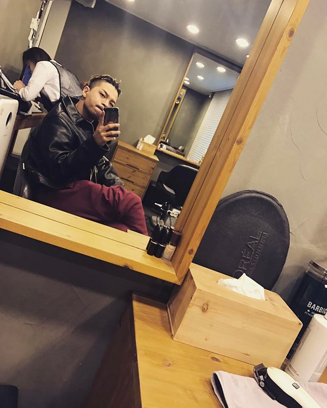 Taeyang Instagram Mar 18, 2017 12:24pm 🤔