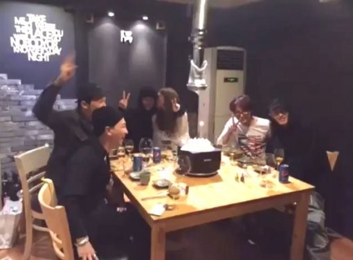 Han Ye Seul Gives Birthday Kiss to Teddy at Party With G-Dragon and Taeyang
