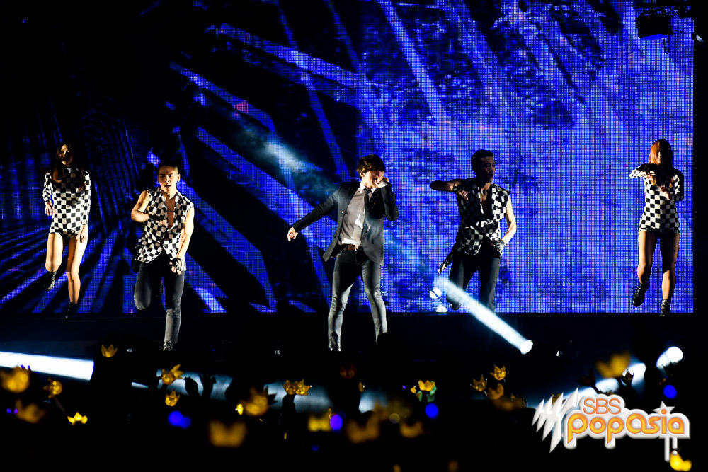 SBS Australia Official Pictures BIGBANG Made in Sydney 2015-10-17 (11)