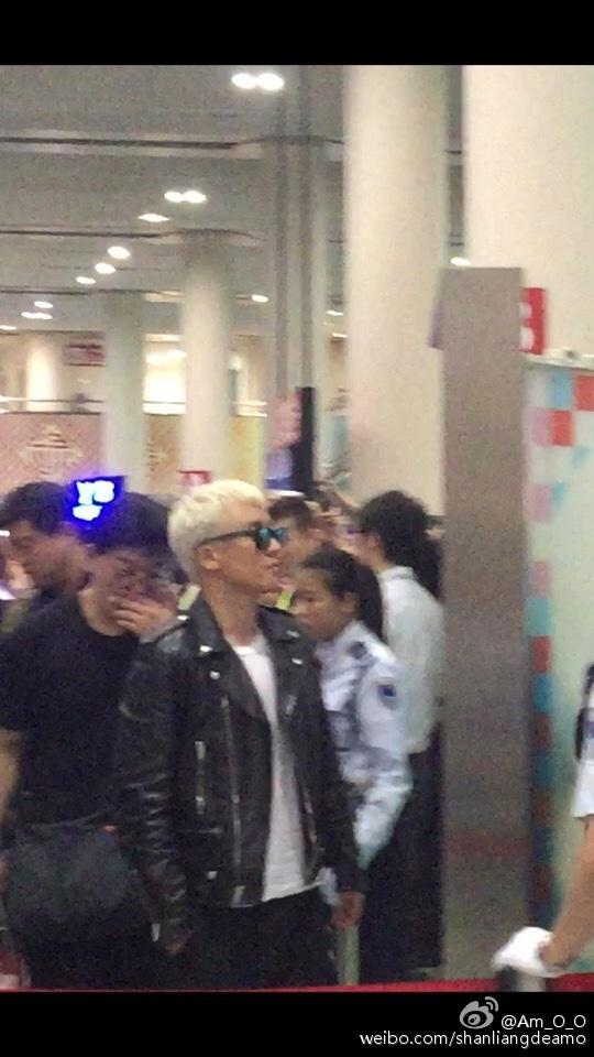 BIGBANG departure Macao to Seoul 2015-10-26 shanliangdeamo (3)