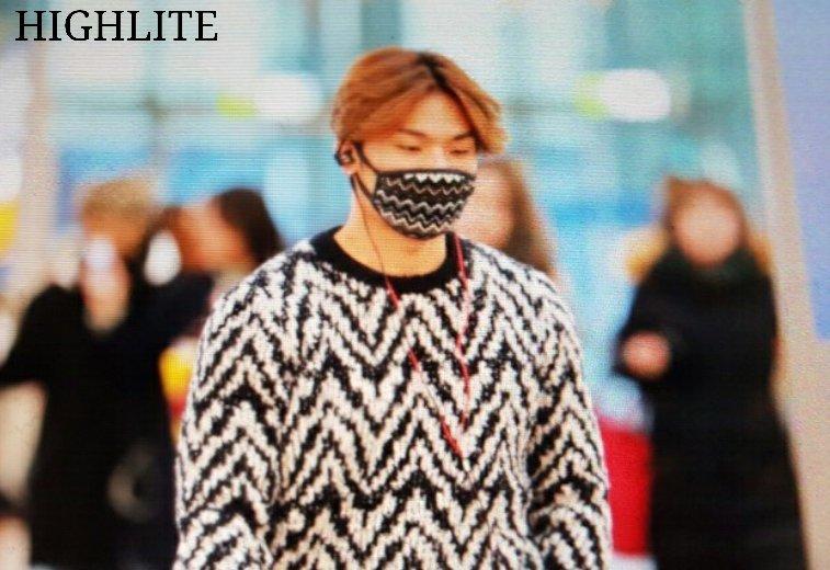 BIGBANG departure Seoul to Fukuoka 2015-11-27 (12)
