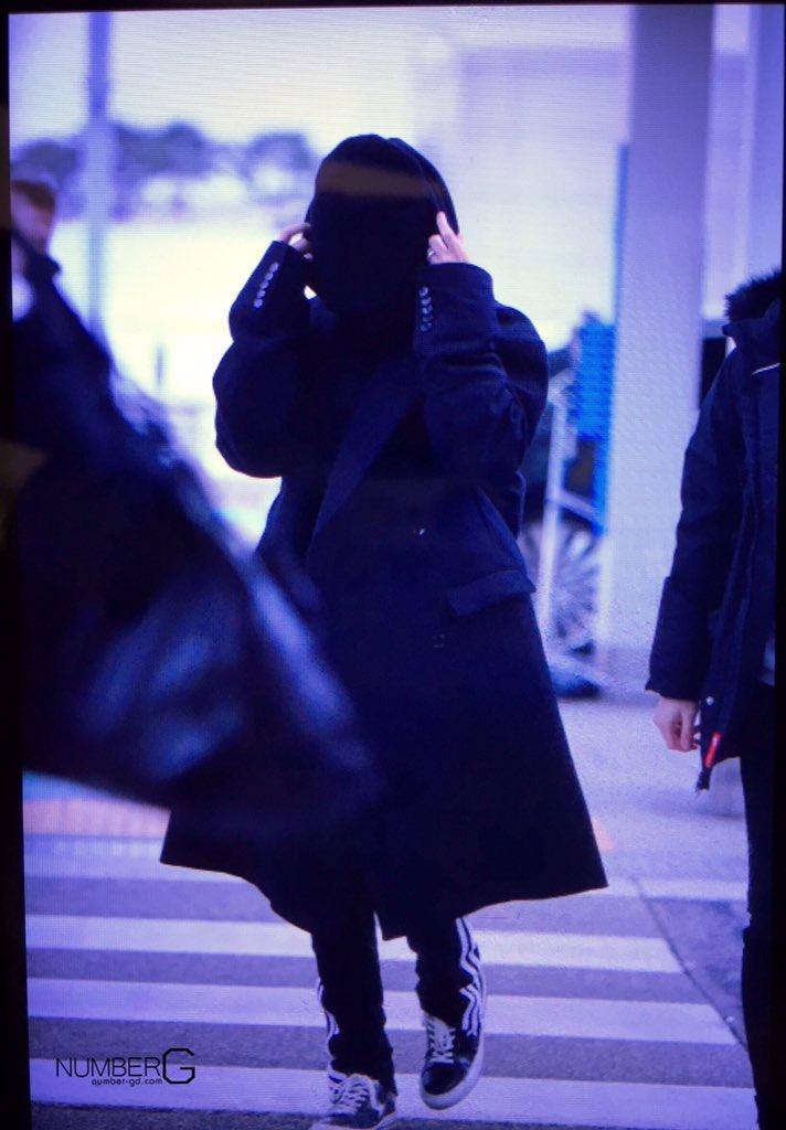 BIGBANG departure Seoul to Fukuoka 2015-11-27 (4)