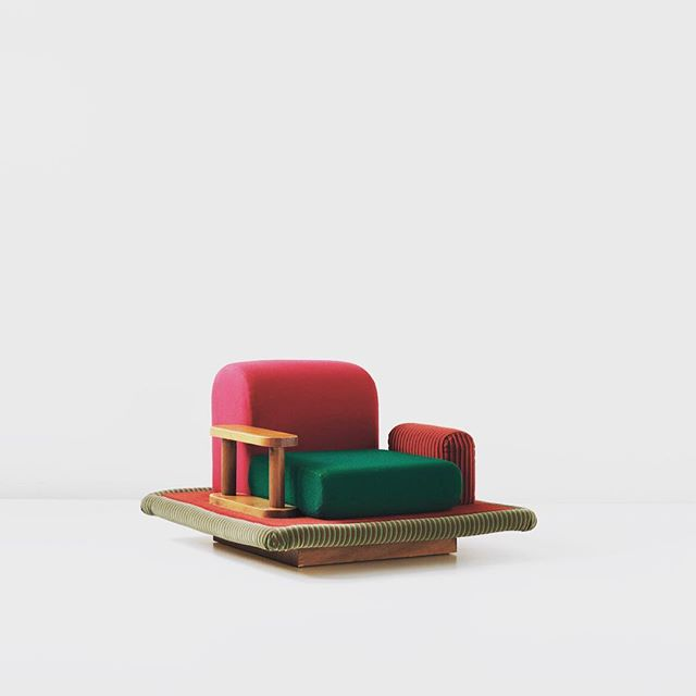TOP Instagram Dec 27, 2015 9:38am #EttoreSottsass, 1974