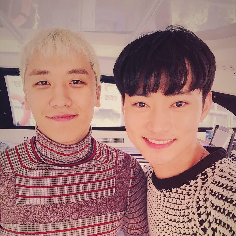 Qxxxxxp Instagram With Seungri 2015-12-27