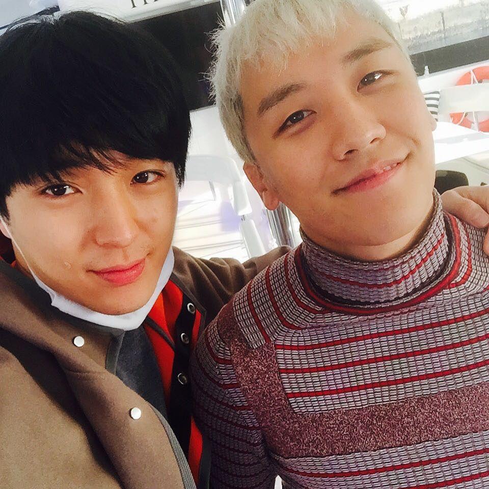 Jonghoon Instagram With Seungri 2015-12-27